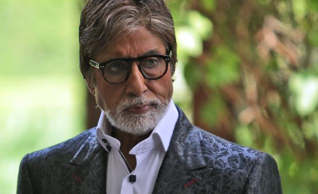 Aamir can be termed as 'great' actor, not me, says Big B
