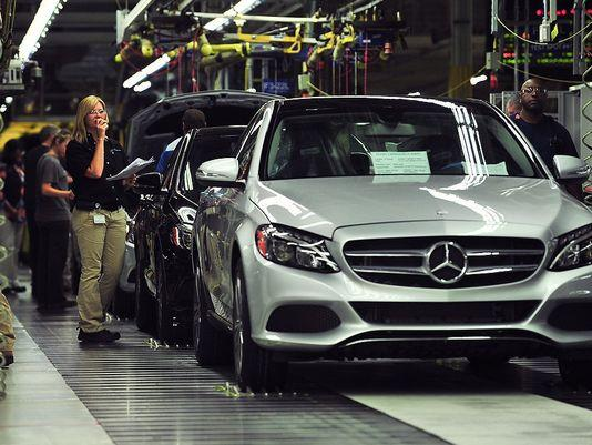 Appeals court rules in union, Mercedes-Benz leaflet dispute