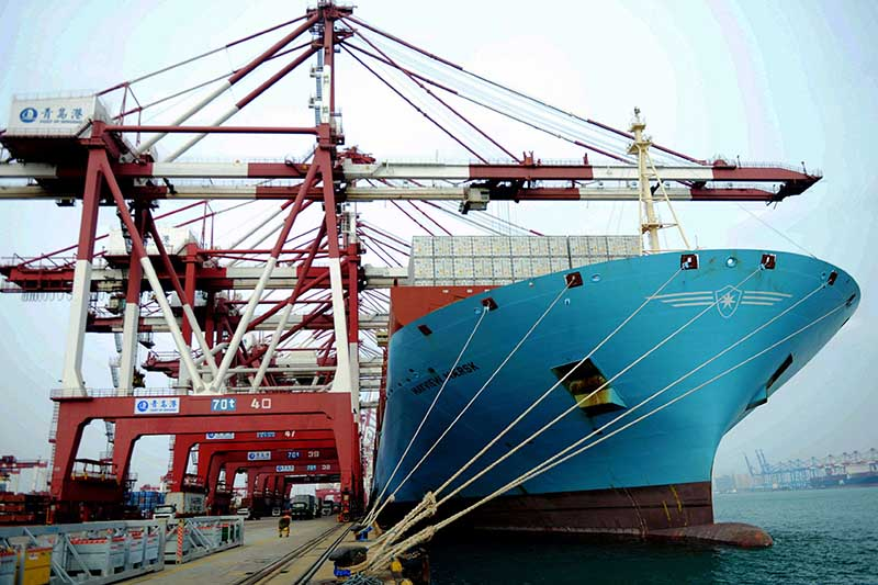 China trade surplus hits $42bn as exports plunge