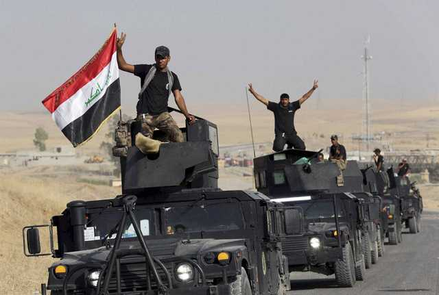 IS leaders 'abandon' Mosul as Iraq forces close in