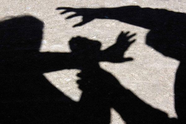 Driver 'beaten by assailant'