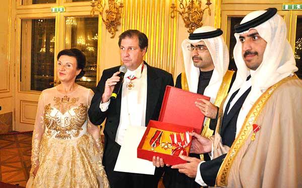 International peace award for Premier