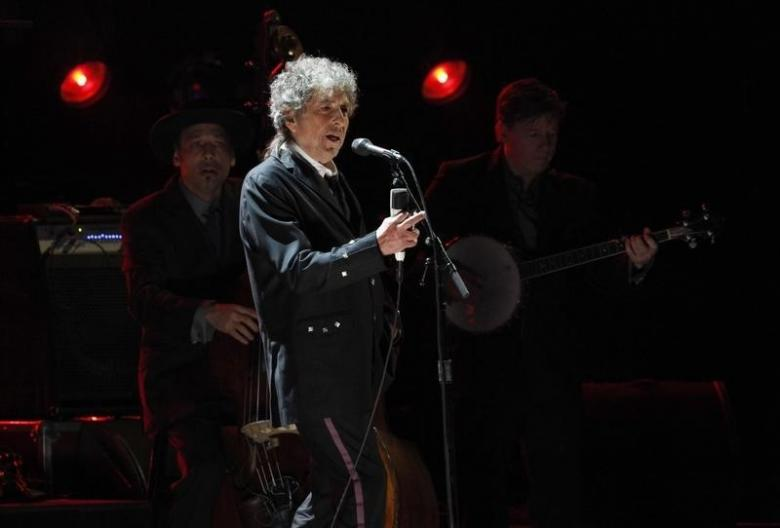 Swedish Academy says up to Dylan if he wants to come to receive Nobel Prize
