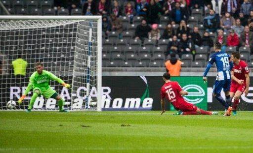 Hertha Berlin down Cologne to join Bayern Munich at summit