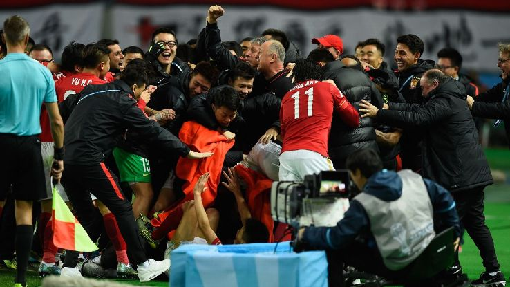 Guangzhou clinch sixth consecutive Chinese Super League title