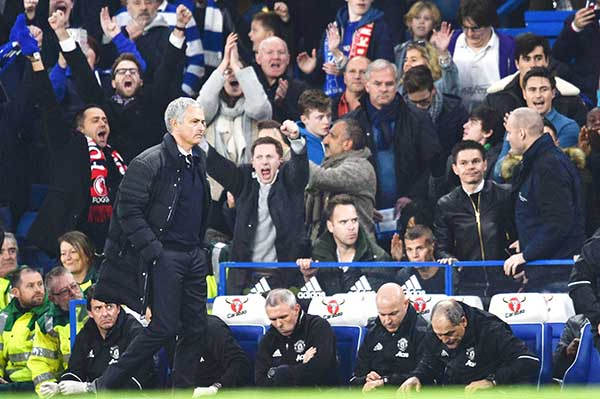 Mourinho 'humiliated' on Chelsea return