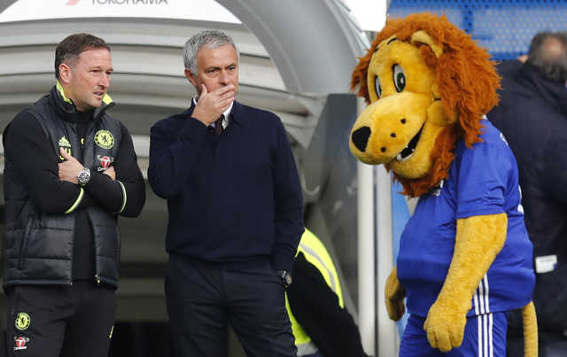 Mourinho humiliated on Chelsea return as Manchester United lose 4-0
