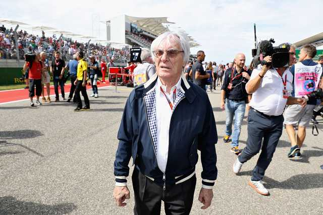 Ecclestone stands up for McLaren boss Dennis