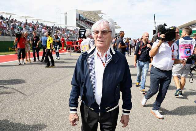 Ecclestone stands up for McLaren boss Dennis