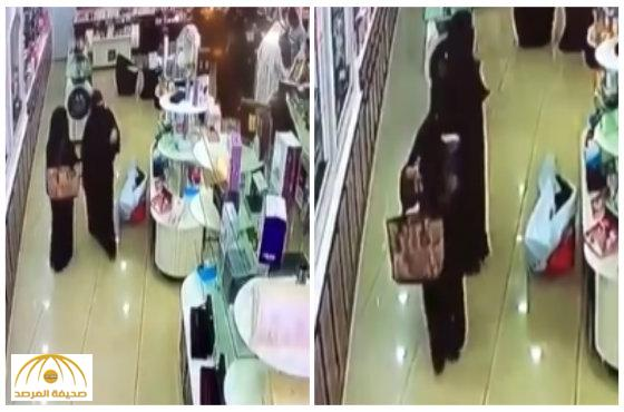 Video: Three abaya-clad women caught stealing perfumes from shop