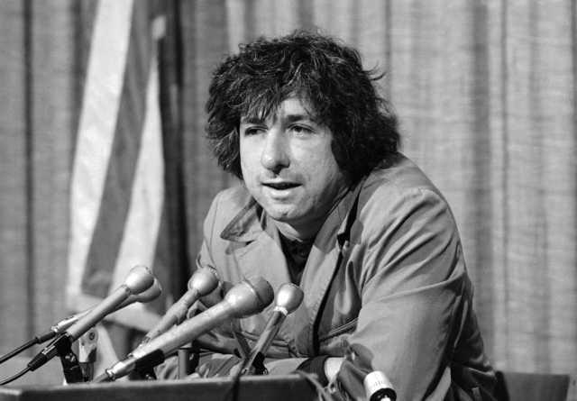 Anti-Vietnam War activist Tom Hayden dies at 76