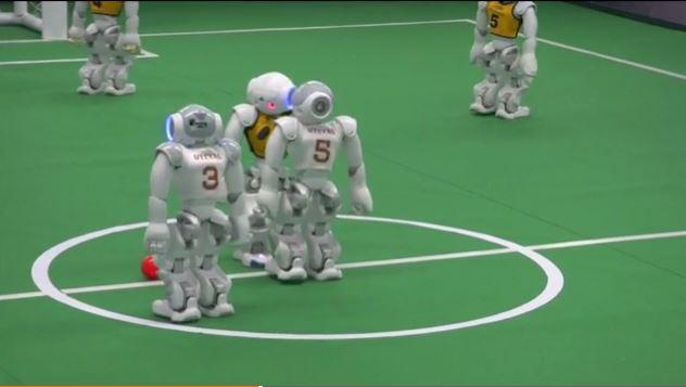 U.S. robots defeat Australian counterparts in football