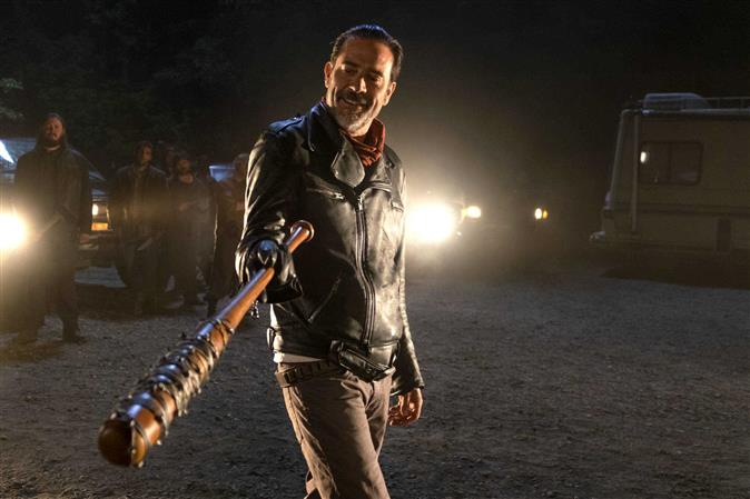 'The Walking Dead' has a smashing return