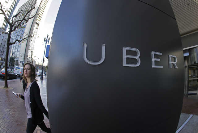 UK Uber drivers win work rights case