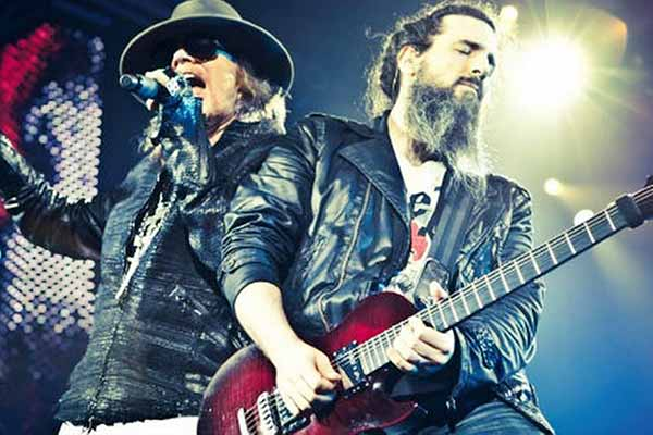 Bahrain date for Ron 'Bumblefoot'