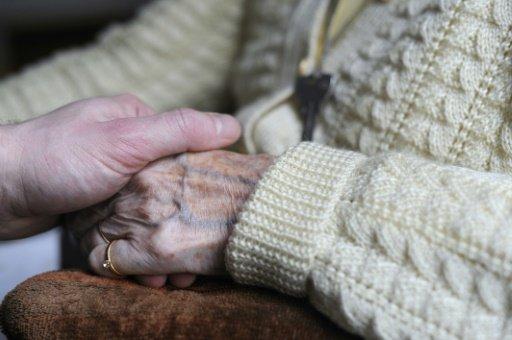 US researchers report promising new Alzheimer's drug