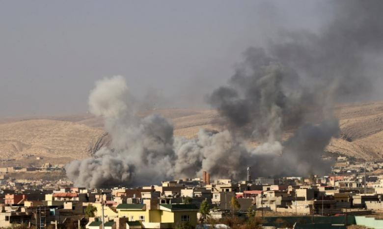 Islamic State abducts more than 200 near Mosul, retreats with thousands