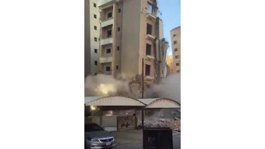 Botched demolition of building sparks panic