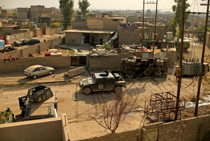 Iraqi troops aim to tighten noose on ISIS in Mosul