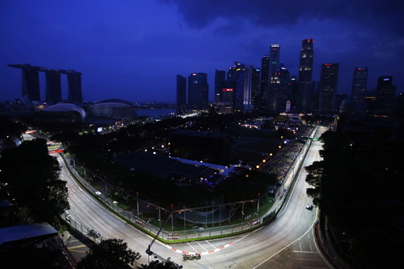 F1's SE Asia future in doubt as Ecclestone says Singapore wants to drop race-report