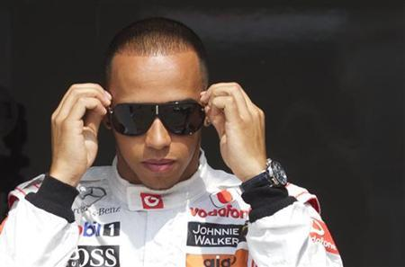 Hamilton aims to do late friend proud in title duel