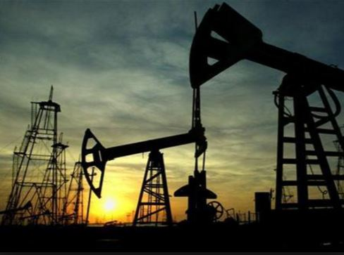 Russia poised to gain from oil production freeze