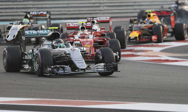 Rosberg takes F1 title from Hamilton
