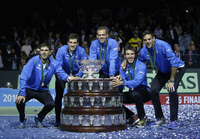 Argentina beats Croatia 3-2 to win its first Davis Cup title