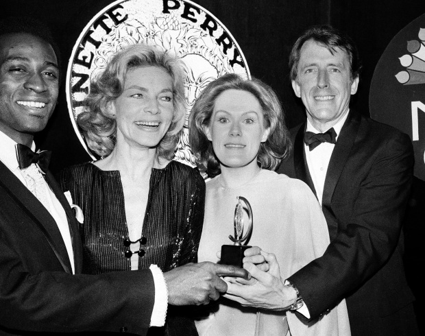 Tony-winner Fritz Weaver, TV and Broadway star, dies at 90
