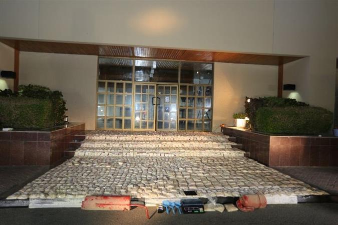 Officers thwart bid to smuggle 6 million narcotic pills