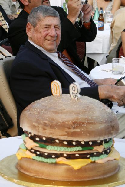 Creator of 'Big Mac' dies at 98