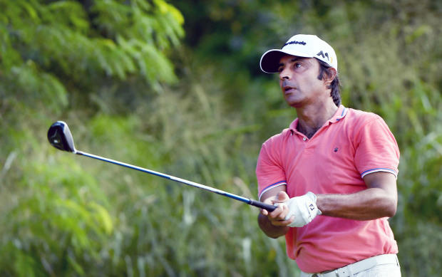 Randhawa shares lead after opening round