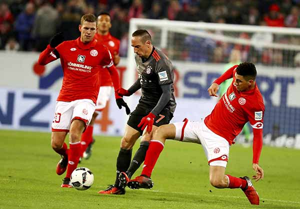Bayern return to top of Bundesliga