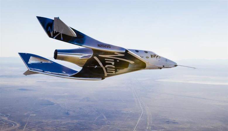 PHOTOS: Virgin Galactic spaceship makes first glide flight