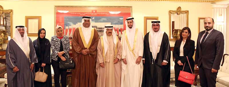 Premier hails role of Bahraini journalists