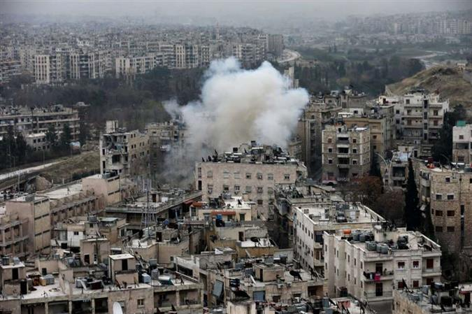 As Syrian troops gain ground, Aleppo rebels propose truce