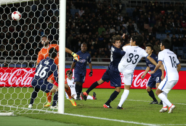 Antlers squeak into Club World Cup quarters