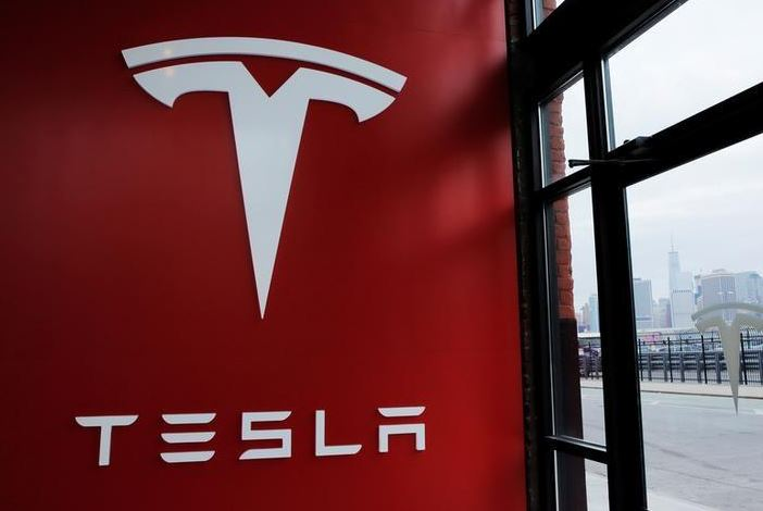 Tesla settles lawsuit with angry Norway motorists