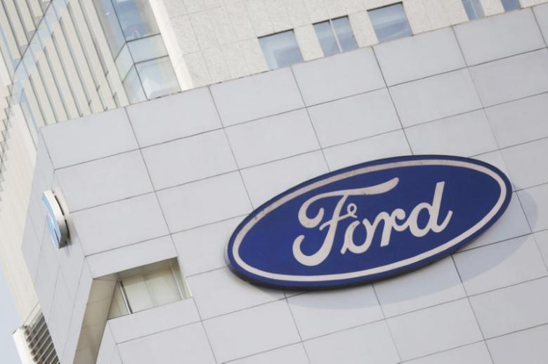 Ford shutting Kansas City plant for a week, GM lays off shift in Detroit