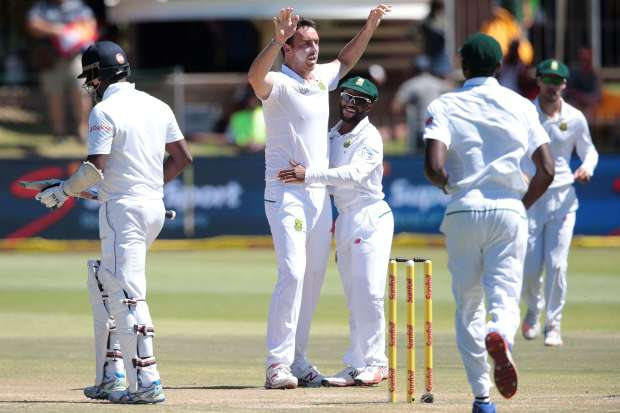 Cape Town pitch to favour South Africa