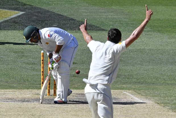 Pakistan contemplate life without Misbah