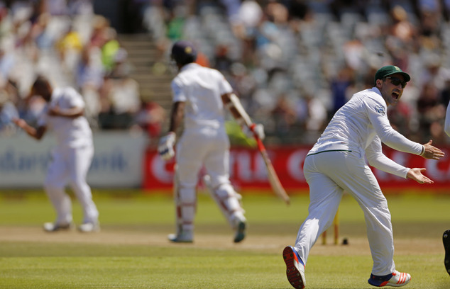Philander strikes early blow as South Africa chase victory