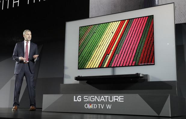 TVs grab spotlight at CES gadget gala