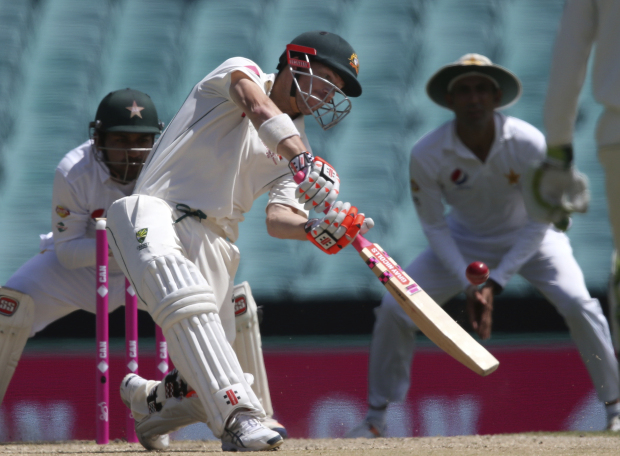 Aussies close in on series sweep
