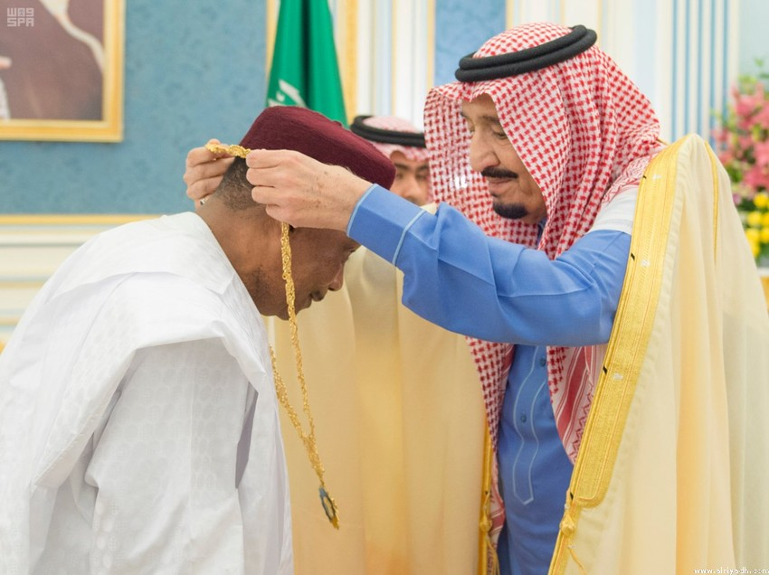Photos: Saudi King meets President of Niger