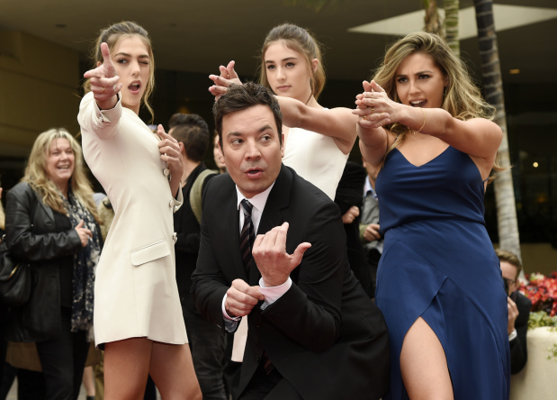 Golden Globes ratings rise; host Fallon gets mixed reviews