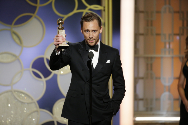 Actor Tom Hiddleston apologises to aid workers for speech at Golden Globes