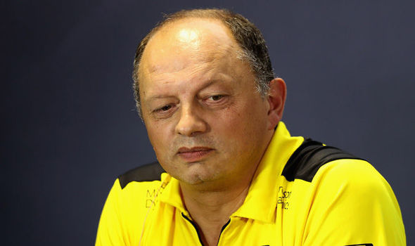 Renault F1 see no need to replace departed boss
