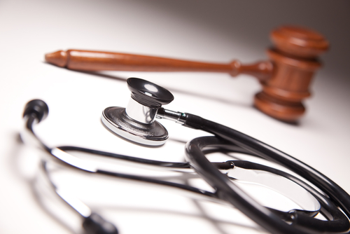 Doctors cleared of negligence charge