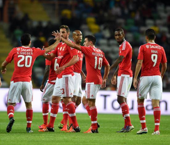 Primeira Liga: Benfica routs Tondela 4-0 to maintain lead over Porto